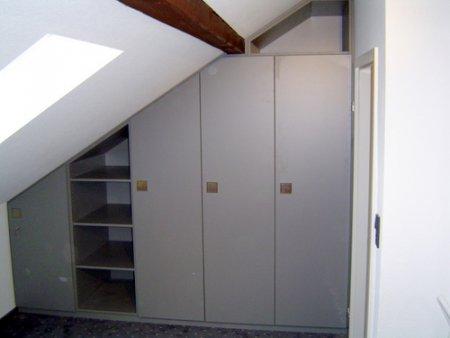 einbau schrank unter dachschr ge m bel innenausbau galerie. Black Bedroom Furniture Sets. Home Design Ideas